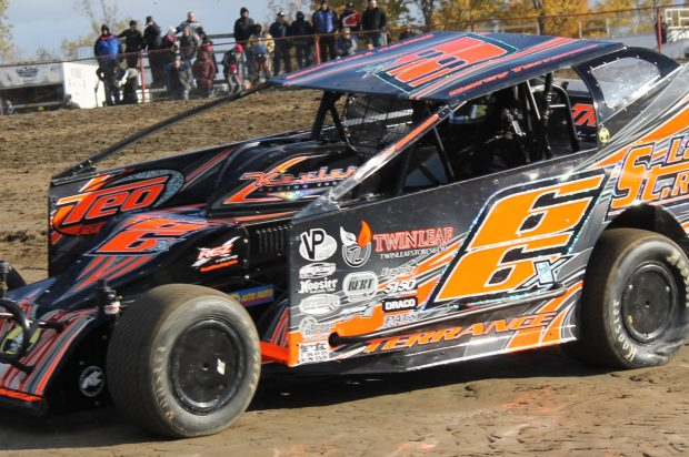 DIRTcar Northeast Fall Nationals Titles Wait in the Wings at The BOS