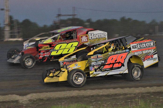 Ogilvie's Auto & Fleet Series Returns to Brockville Ontario Speedway