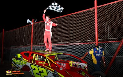 Cedric Gauvreau survives Green White Checkered finish for first Brockville Sportsman win