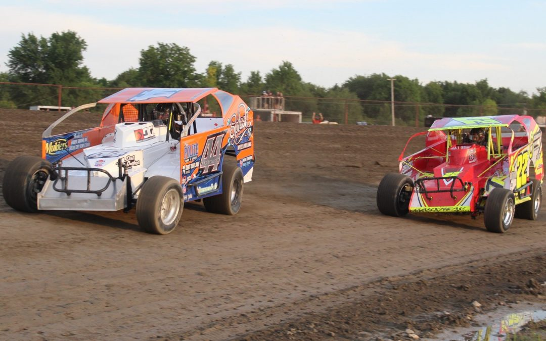 Late Season Shootouts Share the Brockville Speedway Spotlight