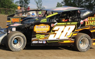 Jarrett Herbison Chases 3 Checkered Flags at Brockville's Fall Nationals